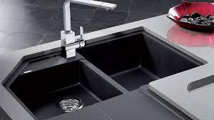 evier en coin pour cuisine installer un évier en coin en 8 é rénovation bricolage
