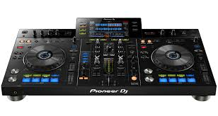 dj table for beginners pioneer xdj rx standalone dj system review digital dj tips