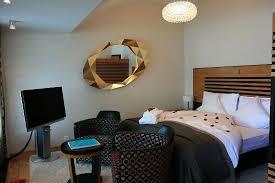 whirlpool im schlafzimmer indoor whirlpool dusche mit dfbad modernes designer bad