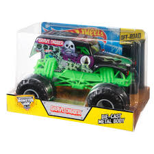 monster truck grave digger videos wheels monster jam 1 24 grave digger die cast vehicle