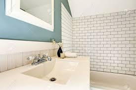 tub wall tile cintinel com bathroom tile trim