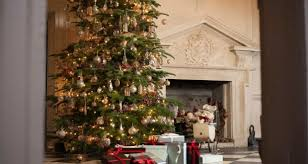 interiors get ready to deck the halls for christmas