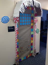 creative christmas door decorating contest bathroom ideas