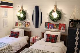 Christmas Decor In The Bedrooms The Happy Housie - Bedrooms and bathrooms
