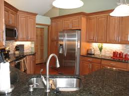 Kitchens With Maple Cabinets Maple Kitchen Cabinets Carlton Door Style Cliqstudios