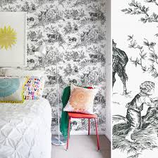 chambre toile de jouy papiers peints toile de jouy pour une chambre au fil des