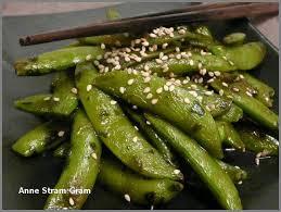 cuisiner des pois mange tout pois gourmands sautés à l asiatique stram gram
