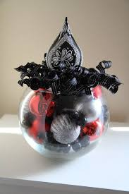 Black And Silver Centerpieces by 32 Best Black And Silver Christmas Centerpieces Images On