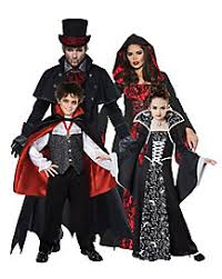 scary couples costumes horror group costumes spirithalloween com