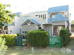 house for rent in grand baie with 2 bedrooms iha 22481