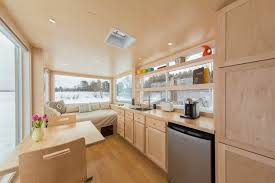Tiny Homs Amazon Sells Tiny Homes For Delivery Today Com