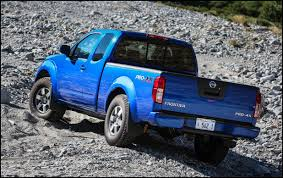 lifted nissan frontier 2017 2018 nissan frontier 4x4 lift kit blue color automotive car news