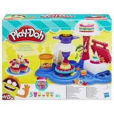buy play doh cake party playset colouring u0026 drawing range