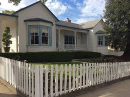 luxury victorian home across from histor vrbo