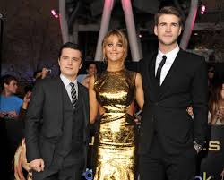Red Carpet Entertainment The Hunger Games Cast Red Carpet Pictures Popsugar Middle East