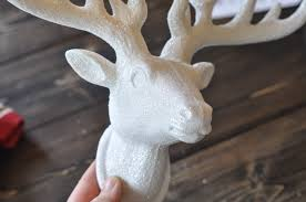 wood slices and a stag christmas wall decor suburble deer head side eye suburble com 1