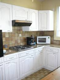 repeindre cuisine en bois repeindre une cuisine rustique gallery of repeindre cuisine