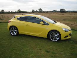vauxhall yellow vauxhall astra gtc sri 006 wheel world reviews