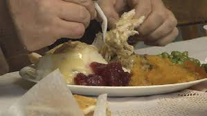 kate s kitchen serving thanksgiving dinner to those in need wwlp