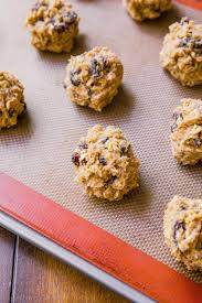 easy thanksgiving cookies soft u0026 chewy oatmeal raisin cookies sallys baking addiction
