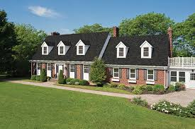 shingle homes 17 facts and tips on how to pick shingle colors courtesy of iko roofing