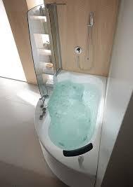 narrow bathtubs