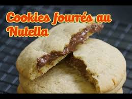 hervé cuisine cookies recette cookies fourrés au nutella comme chez starbucks