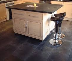 kitchen floor coverings ideas 28 best kitchens with floors images on cottages