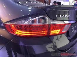 new honda city car price in india new 2017 honda city facelift bookings cross 10 000 units 40