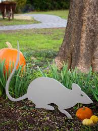 giant rat outdoor halloween decoration easy crafts and homemade