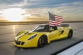 Custom Car Flag Wallpaper Hennessey Venom Gt Spyder Yellow Flag Usa Sport Car