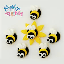 92 Bumble Bee Icing Decorations Bumble Bee Birthday Cupcakes