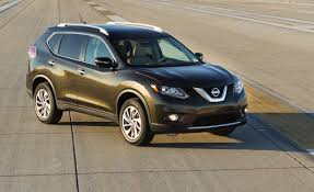nissan rogue blind zone mirrors 2014 nissan rogue photos and info u2013 news u2013 car and driver