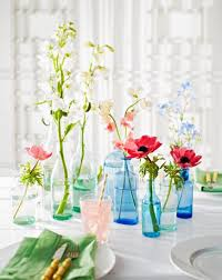 How To Design Flowers In A Vase 50 Easy Spring Decorating Ideas Midwest Living