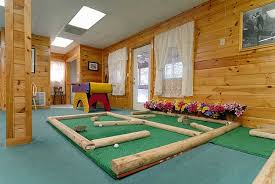 6 bedroom cabins in pigeon forge caddyshack lodge 6 bedroom cabin with hot tub and game room