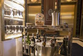 Happy Hutch Company 107 Year Old Blackstone Hotel Unveils New 1960s Happy Hour Lounge