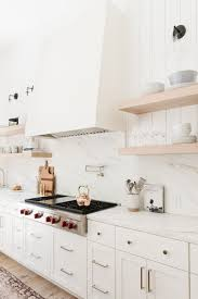kitchen backsplash with white cabinets and white countertops 11 fresh kitchen backsplash ideas for white cabinets