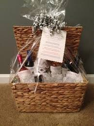 wedding gift basket ideas best bridal shower gift basket ideas 99 wedding ideas