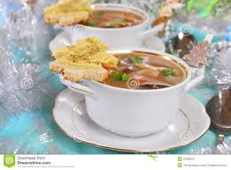 cuisine de a à z noel soupe crème à cèpe avec du grillé de fromage pour noël photo