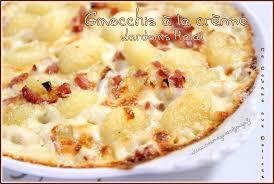 cuisiner gnocchi gnocchi crème et lardons recette halal facile et rapide