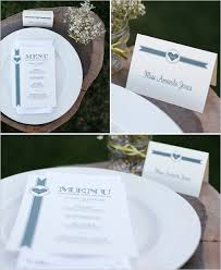free printables wedding menu and escort cards via the wedding