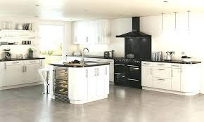 cuisine avec piano central piano pour cuisine cuisine avec piano de cuisson hotte pour piano