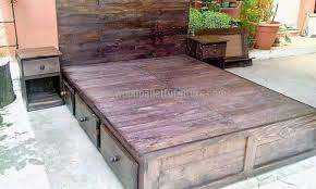Diy Pallet Bed With Storage by Diy Pallet Bed Wood Pallet Furniture