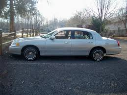 Old Lincoln Town Car Dayton Wire Wheels Auto Parts On Lincoln Auto Parts At Cardomain Com