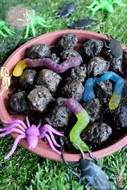 halloween special dirt balls with worms bear food