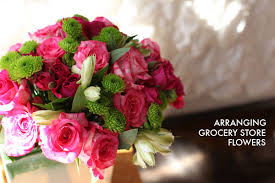 How To Make Floral Arrangements Arranging Grocery Store Flowers Mighty