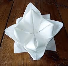 serviette en papier vintage pliage de serviette de table en forme de lotus réaliser lotus