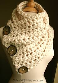 button scarf so cute want this knit crochet pinterest