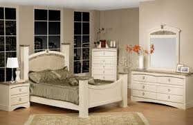 White Traditional Bedroom Furniture by White Finish Traditional Bedroom W Faux Marble Accents