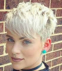 short pixie hairstyles for people with big jaws 15 short hairstyles for women that will make you look younger